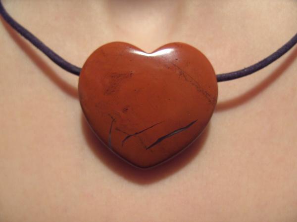 Edelstein Herz Anhänger gr.2, Jaspis rot