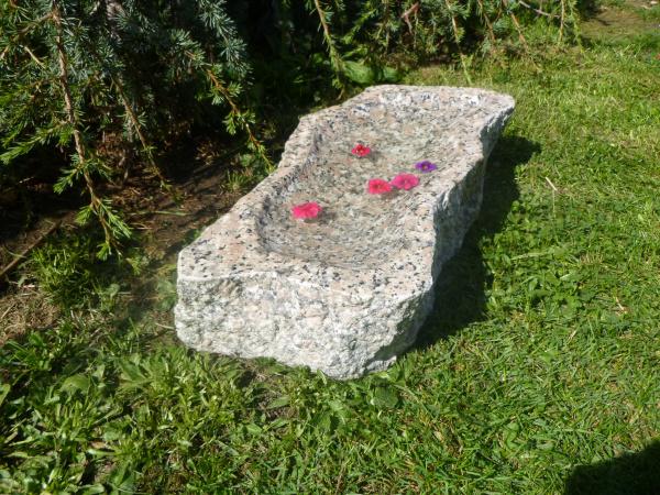 Vogeltränke aus Granit 3, Unikat