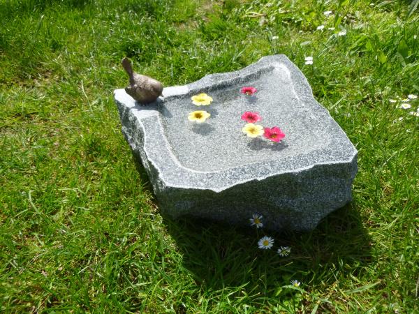 Vogeltränke aus Granit 23, Unikat