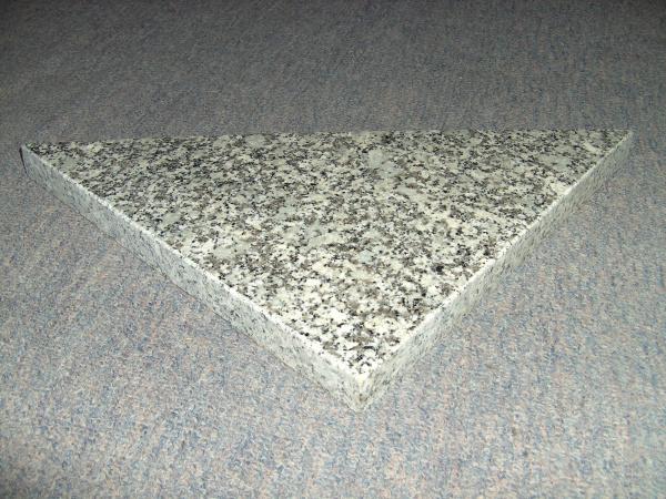 Dreieckplatte, Granit (poliert)