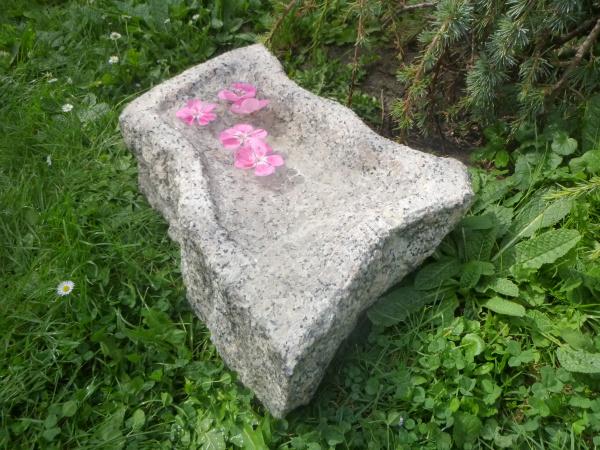 Vogeltränke aus Granit 41, Unikat
