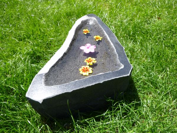 Vogeltränke aus Granit 53, Unikat