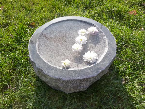 Vogeltränke aus Granit 57, Unikat