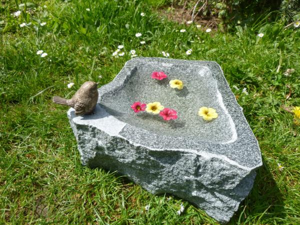 Vogeltränke aus Granit 33, Unikat