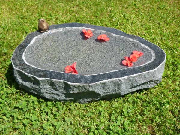 Vogeltränke aus Granit 4, Unikat