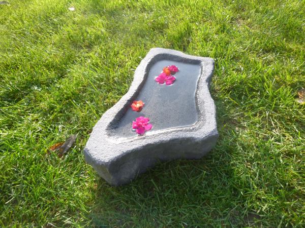 Vogeltränke aus Granit 42, Unikat