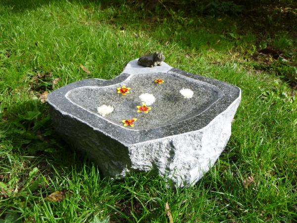 Vogeltränke aus Granit 31, Unikat