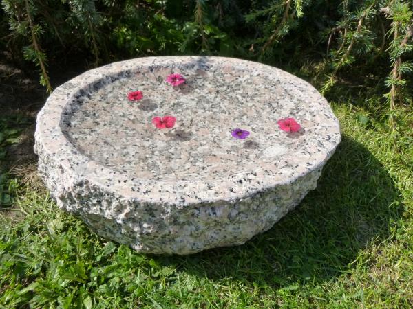 Vogeltränke aus Granit 50, Unikat